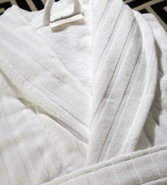 HAMPTON STRIPE 5 STAR WHITE BATHROBE