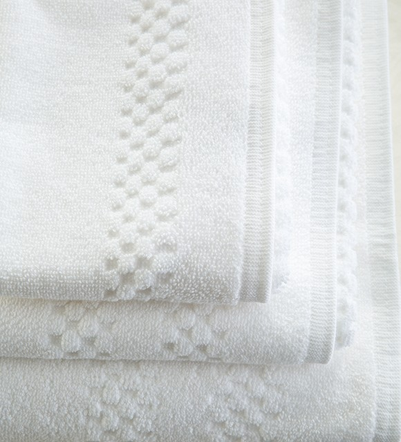CORNICHE LATTICE WHITE TOWELS