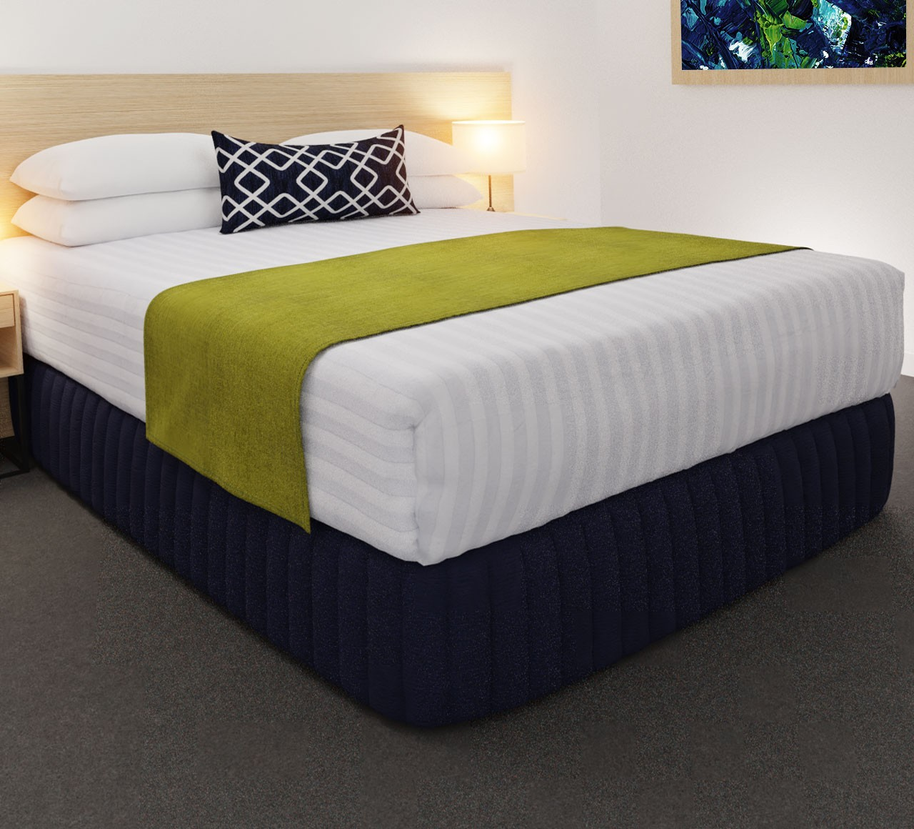Clipper Cuban Lime Luxury STD Runner, with Chain Indigo Belair Cushion