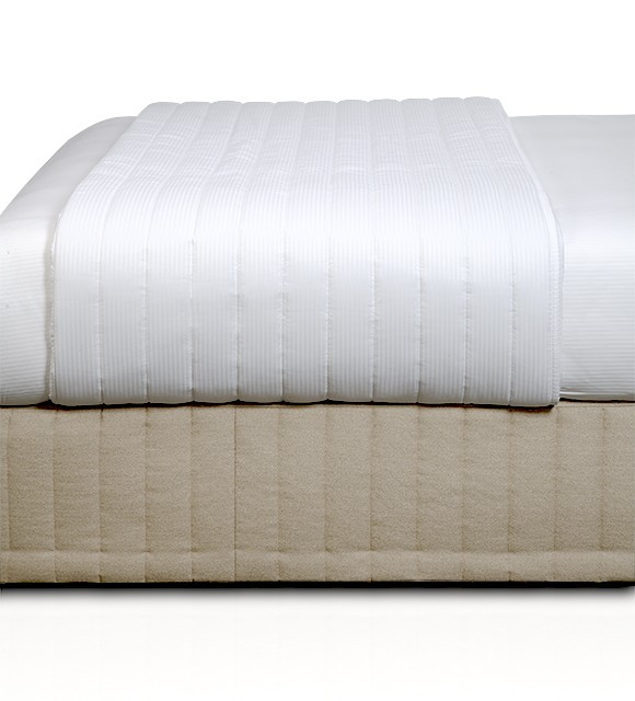 Corniche Fine Stripe White Coverlet