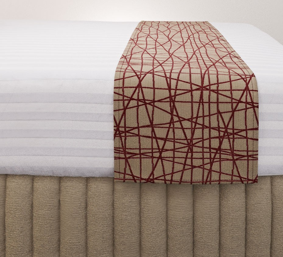 Fiddlesticks Dalmatian Luxury Euro Runner with Siam Husk Suite Valance and Hampton Wide Stripe Quilt Cover